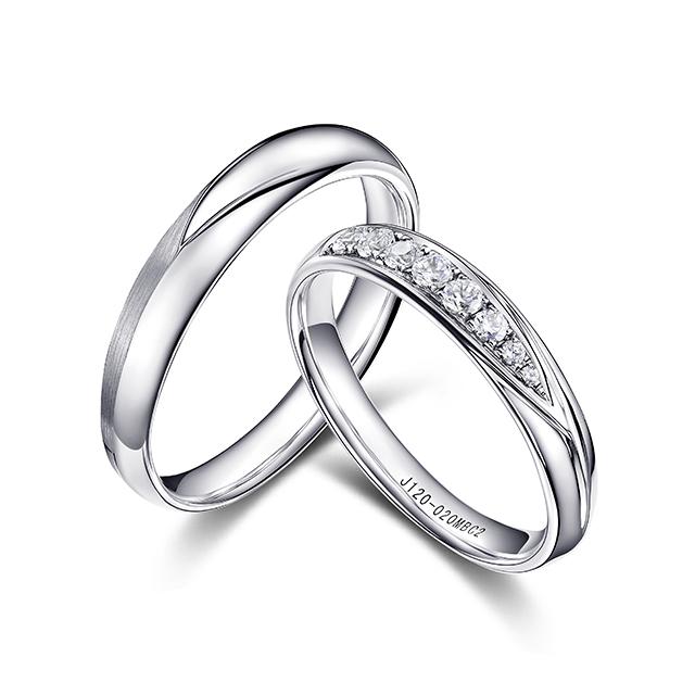 丘比特新版万博客户端下载白18K金钻石对戒